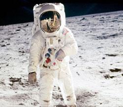 astronot-kiyafeti-giymek