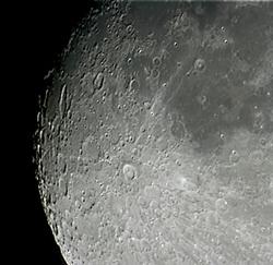 teleskopla-aya-bakmak